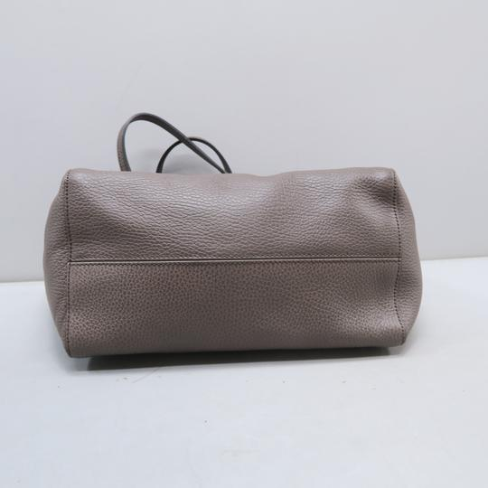 Gucci Calfskin Swing Small Tote in Taupe Image 4