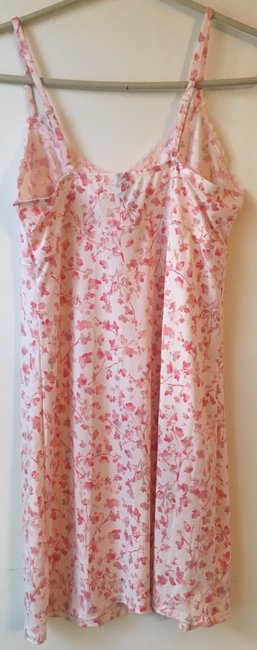 Marilyn Monroe Marilyn Monroe Woman's Pink Floral Chemise and Robe Set.Size L. New wi Image 1