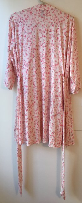 Marilyn Monroe Marilyn Monroe Woman's Pink Floral Chemise and Robe Set.Size L. New wi Image 4