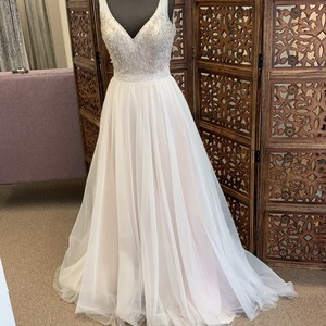 MADISON JAMES Champagne/Ivory/Silver Tulle Mj209 Traditional Wedding Dress Size 12 (L)