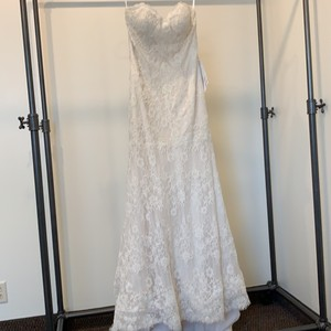 Essense of Australia Ivory/Moscato/ Cafe Lace D1758 Traditional Wedding Dress Size 10 (M)