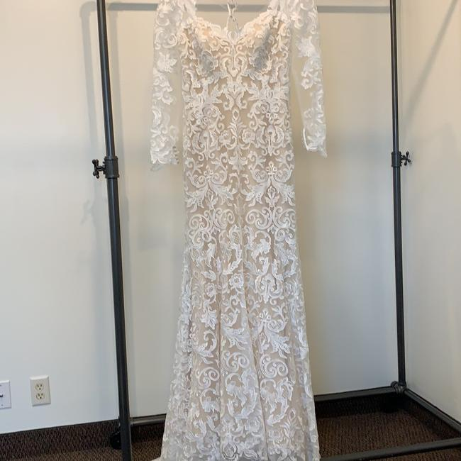 Item - Ivory/Nude Lace Ashley and Justin 10411 Traditional Wedding Dress Size 10 (M)