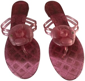 193009d54 Chanel Flip Flops - Up to 70% off at Tradesy