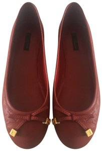5aef7019befc Louis Vuitton Flats on Sale - Up to 70% off at Tradesy (Page 2)
