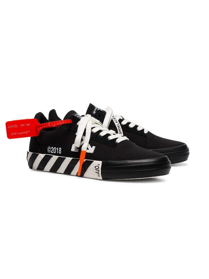 Off White Black Last Pair Super Trendy Off White Vulcanized Striped Low Top Sneakers Size Eu 39 Approx Us 9 Regular M B