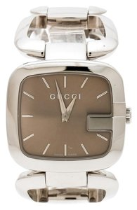 378c8721f99 Gucci Brown Stainless Steel G 126.4 Women s Wristwatch ...