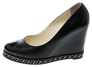 8b7f541db25 Women s Chanel Shoes - Up to 90% off at Tradesy