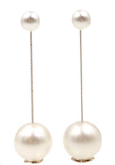 Chanel Ultra RARE CC pearls dangle pierced stud earrings. Look at my Mother of Pearl Yurman bangle in my closet and yes . put them together !! Image 4
