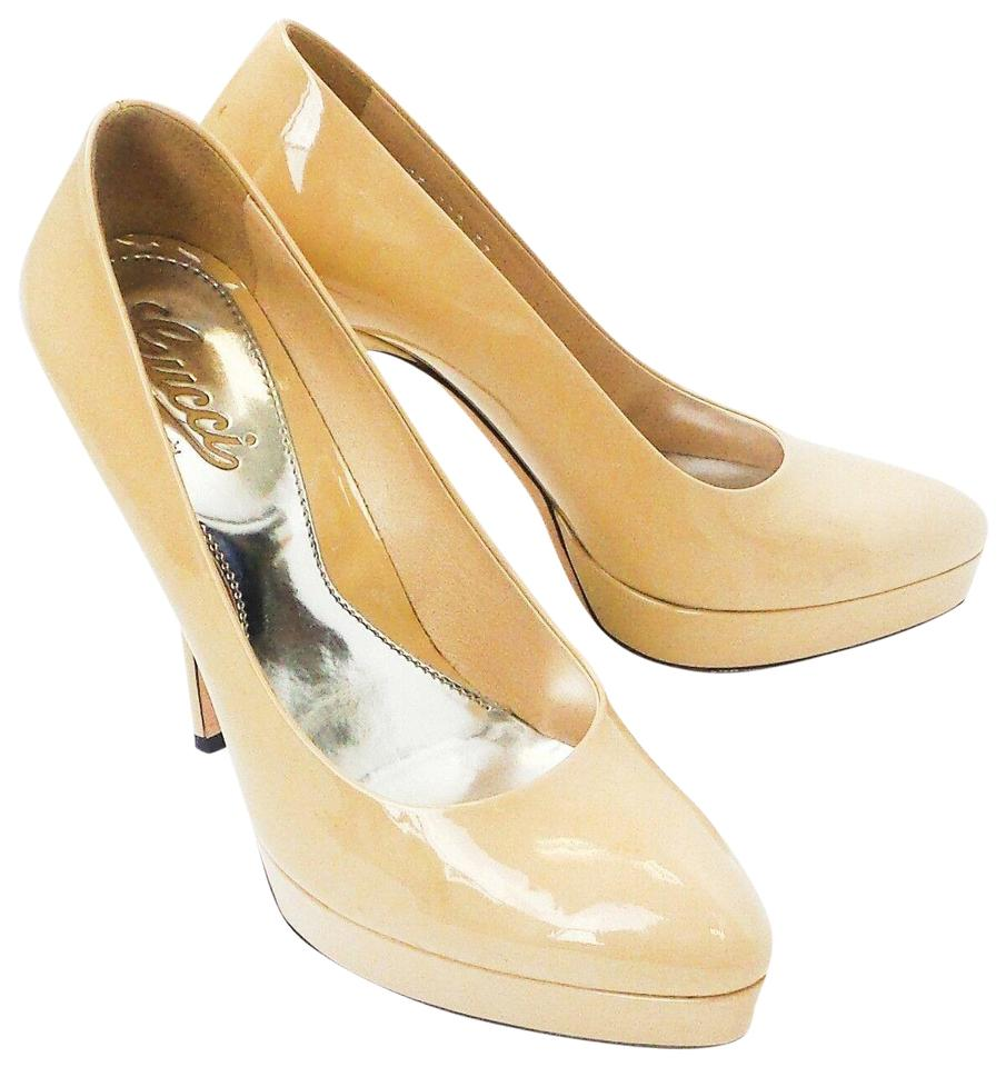 1a9a12fbf12 Gucci Pumps - Up to 90% off at Tradesy (Page 4)