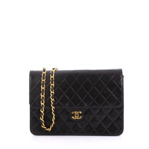 bb0903cfcfb769 Chanel Clutches - Over 70% off at Tradesy (Page 7)