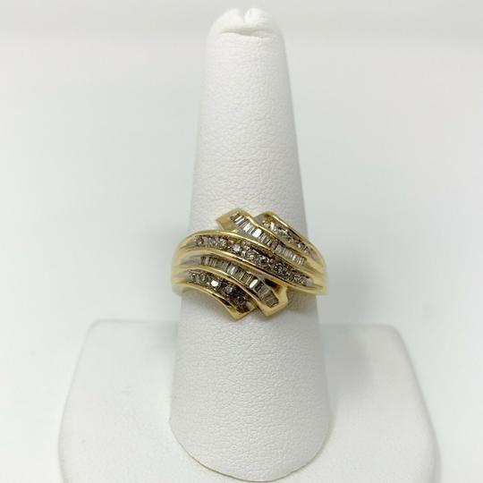 Other 14k Yellow Gold .4ct Round and Baguette Cut Diamond Ring Size 9 Image 5