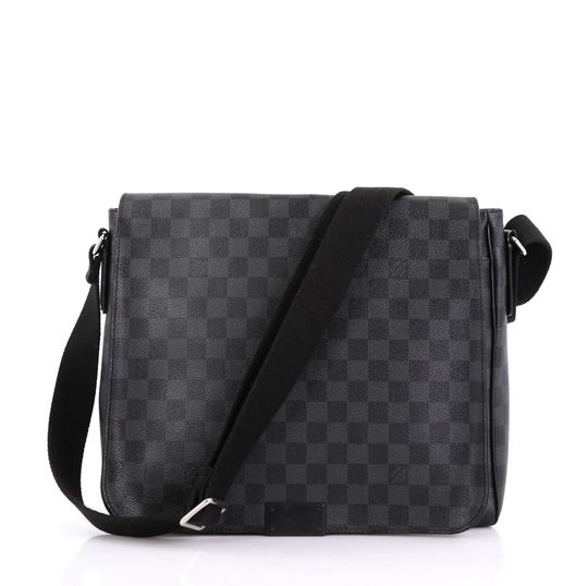 bd7f6b5f49d9 Louis Vuitton District Damier Graphite Mm Brown Canvas Messenger Bag ...