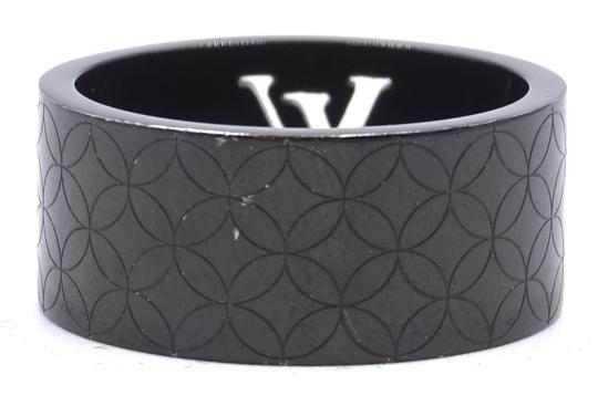 Louis Vuitton RARE LV logo cutout textured quilted wide band ring 9mm wide Image 4