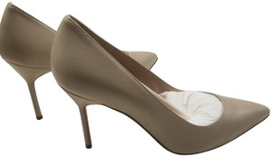Manolo Blahnik Bb Pointy Toe Heels Napa Leather Beige Pumps