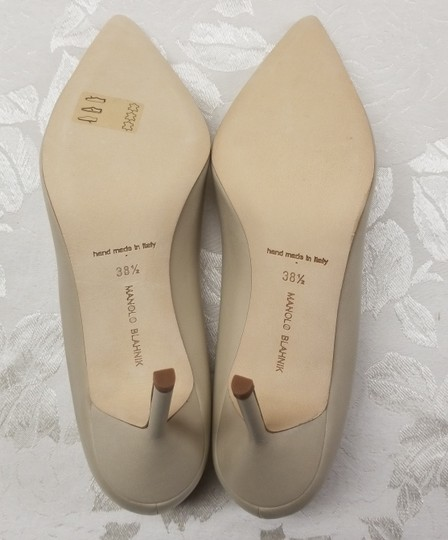 Manolo Blahnik Bb Pointy Toe Heels Napa Leather Beige Pumps Image 6