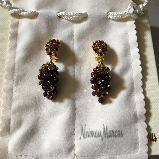Jose & Maria Barrera Limited and Exceptional Jose and Maria Berrera Garnet and Gold Bib Necklace and Matching Earrings Image 6