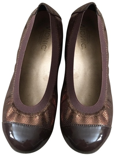Preload https://img-static.tradesy.com/item/25110995/vionic-brown-new-ballet-leather-for-women-concealed-orthotic-arch-support-flats-size-us-65-regular-m-0-1-540-540.jpg
