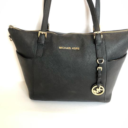 MICHAEL Michael Kors Satchel in black Image 1