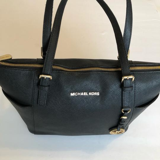 MICHAEL Michael Kors Satchel in black Image 4