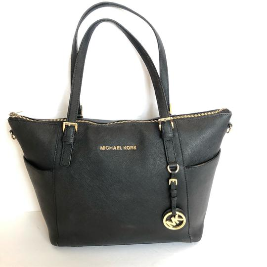 MICHAEL Michael Kors Satchel in black Image 6
