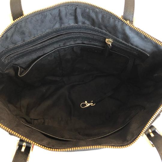 MICHAEL Michael Kors Satchel in black Image 8