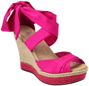 a854d31b3fe Pink UGG Australia Wedges Up to 90% off at Tradesy
