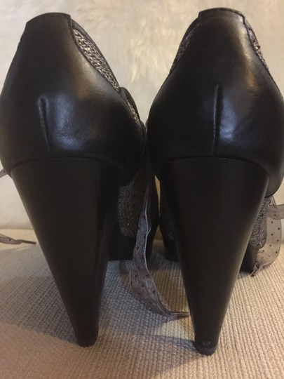 Poetic License Size 8.5 Peep Toe Leather brown Pumps Image 3