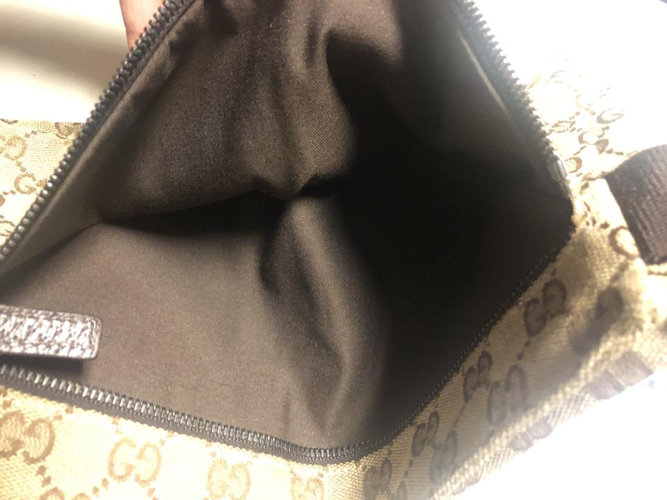 814bfa95cae0 Gucci Fanny Pack Good Condition Brown Canvas Weekend/Travel Bag ...