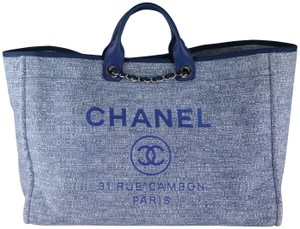 77f361d6eda4 Chanel Deauville Extra Large Tweed Deauville Navy Navy Deauville Tote in  Blue