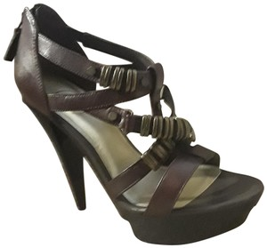 18f61c7fff7e Women s Jessica Simpson Shoes - Up to 90% off at Tradesy