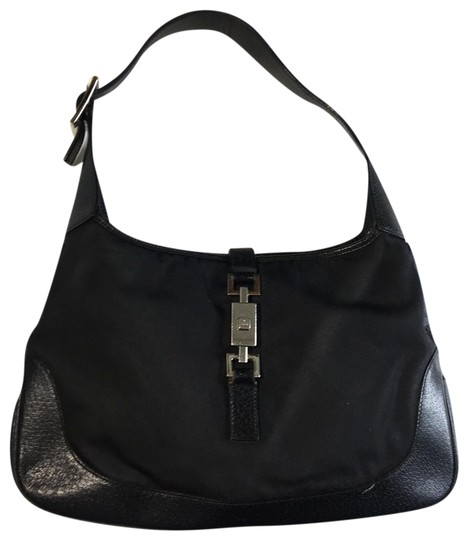 Preload https://img-static.tradesy.com/item/25115471/gucci-jackie-gg-black-canvas-and-leather-hobo-bag-0-1-540-540.jpg