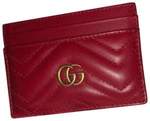 a0b9aeb3306 Red Gucci Wallets - Up to 70% off at Tradesy