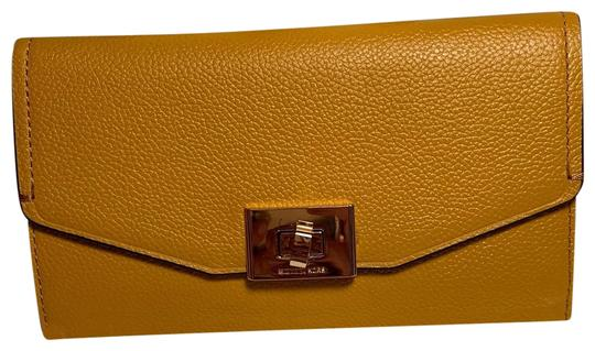 ce9c90c2b3c5 Michael Kors Marigold Cassie Trifold Wallet - Tradesy
