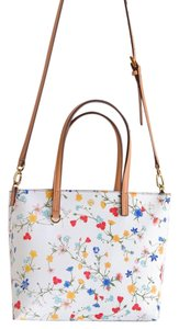 Tory Burch Tote in New Ivory/Delphi