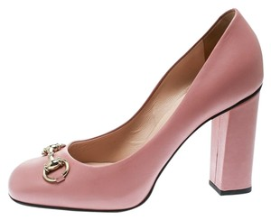 c74a273f34dd Women s Gucci Shoes - Up to 90% off at Tradesy