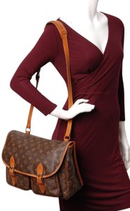 Louis Vuitton Monogram Canvas Weekend Travel Bags Laptop Bags Shoulder Bags Brown 4868 Messenger Bag