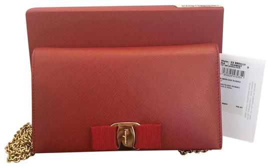 Preload https://img-static.tradesy.com/item/25119836/salvatore-ferragamo-wallet-on-chain-red-calfskin-leather-cross-body-bag-0-1-540-540.jpg