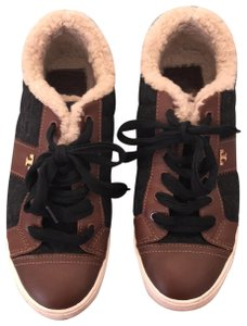 a5631d83f Tory Sport by Tory Burch Gray and brown leather Athletic