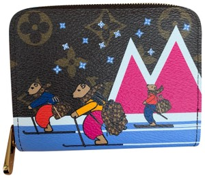 """Louis Vuitton Limited Edition Christmas 2018 """"Bears skiing on Blue Mountins"""" Zippy Coin Purse"""