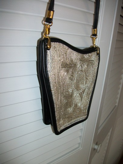 ALBANO Wearable Art One Of A Kind Antique Mesh Shoulder Bag Image 4