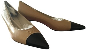Salvatore Ferragamo Beige Pumps
