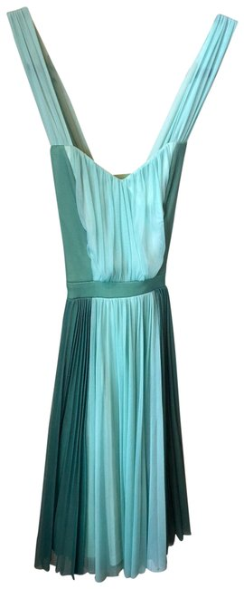 Item - Green and Light Green Fervour Brand) Spring Mid-length Short Casual Dress Size 0 (XS)