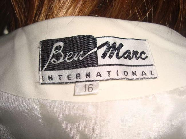 Ben Marc CREAM WITH CREAM AND BLACK FLOWERS Jacket