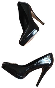 Elle Black Pumps