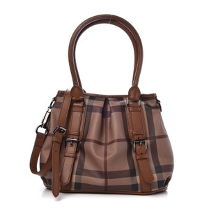 a24cfdaad1e2 Burberry Totes - Up to 70% off at Tradesy (Page 2)