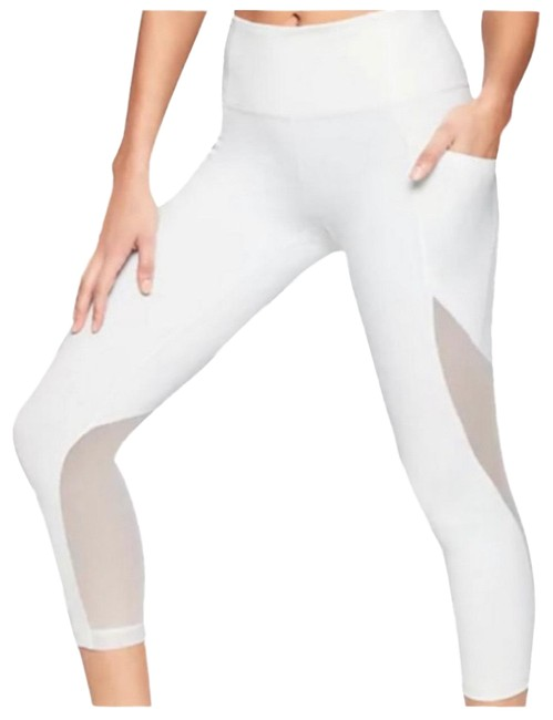 Item - White Fearless Mudra Capri Activewear Bottoms Size 12 (L)