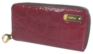 Alexander McQueen ALEXANDER McQueen purse Patent leather embossed crocodile embossed