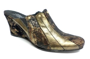 Helle Stud Textured Distressed Round Toe Gold Bronze Black Mules