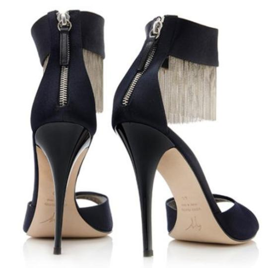 Preload https://img-static.tradesy.com/item/25123339/giuseppe-zanotti-black-satin-chain-fringe-sandals-formal-shoes-size-us-8-regular-m-b-0-4-540-540.jpg
