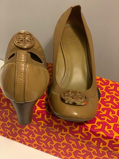 Tory Burch sand Wedges Image 3
